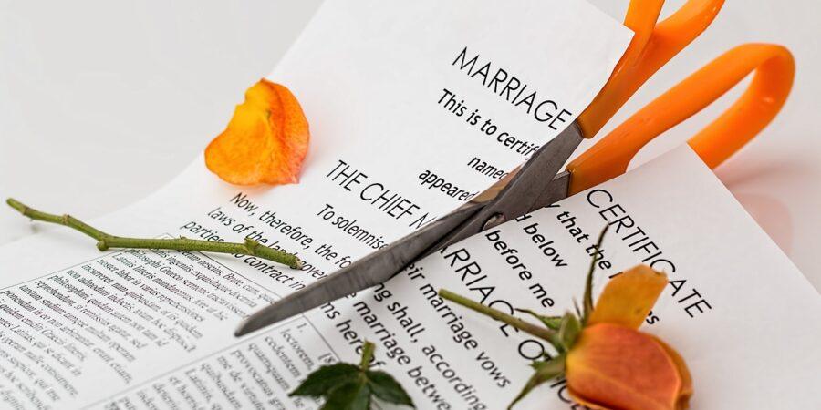 Kto spłaca kredyt po rozwodzie?