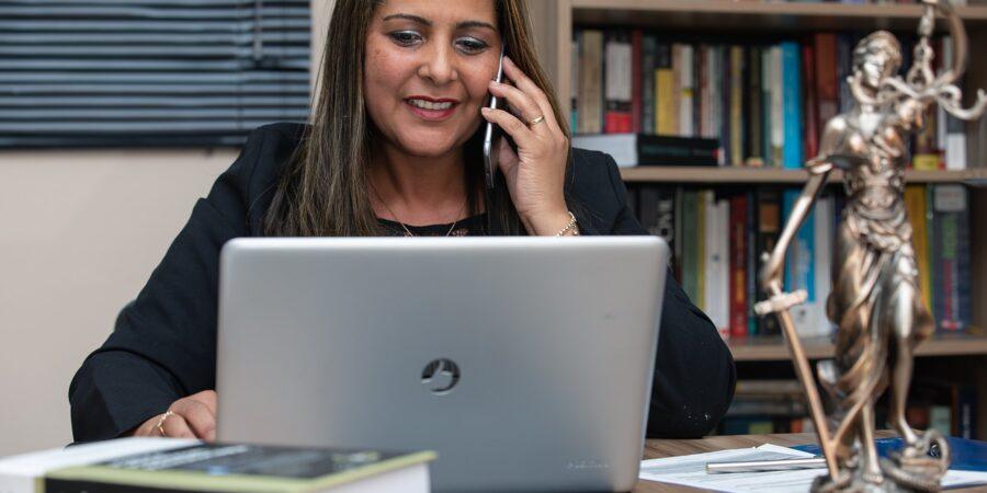 Dlaczego warto skorzystać z usług kancelarii adwokackiej?